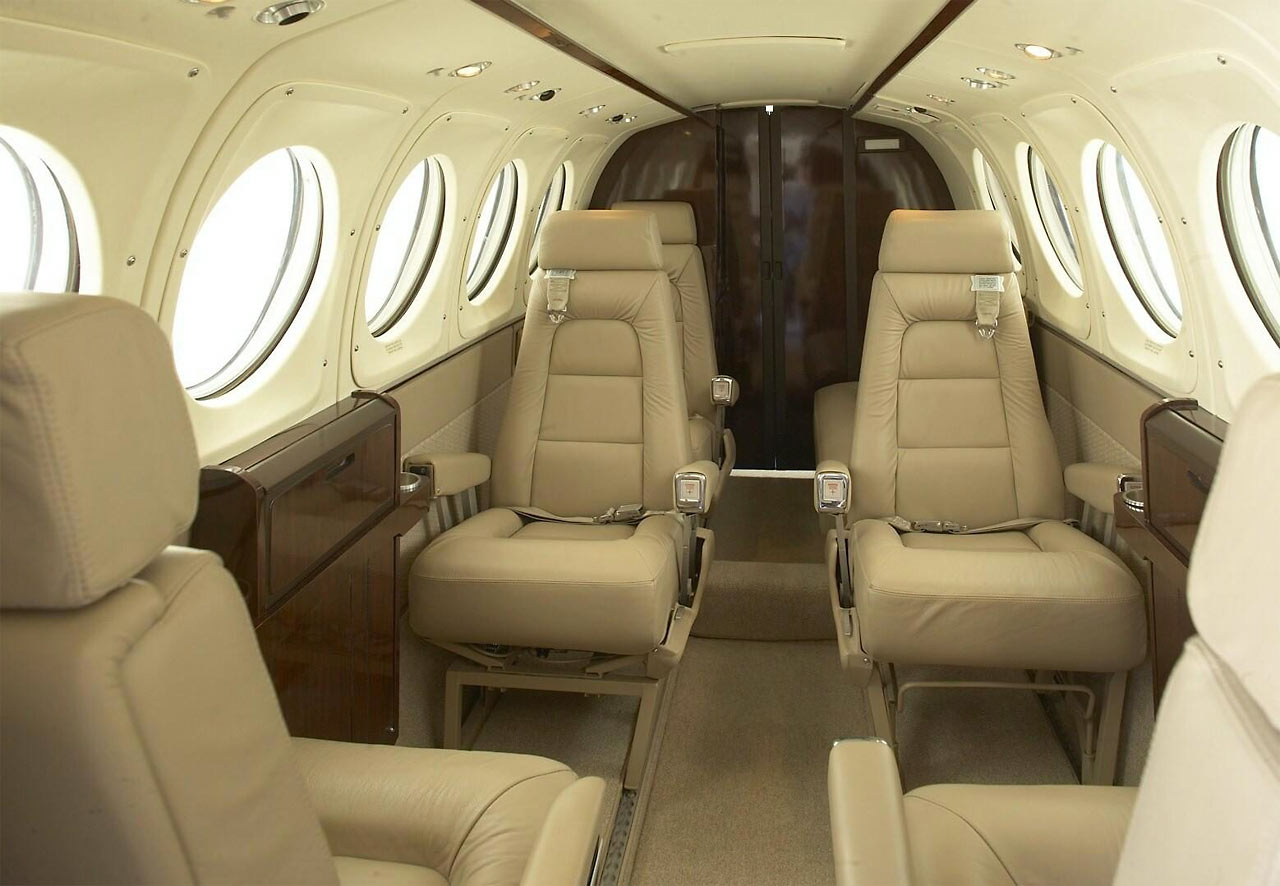 Hawker Beechcraft King Air 200 Private Charters